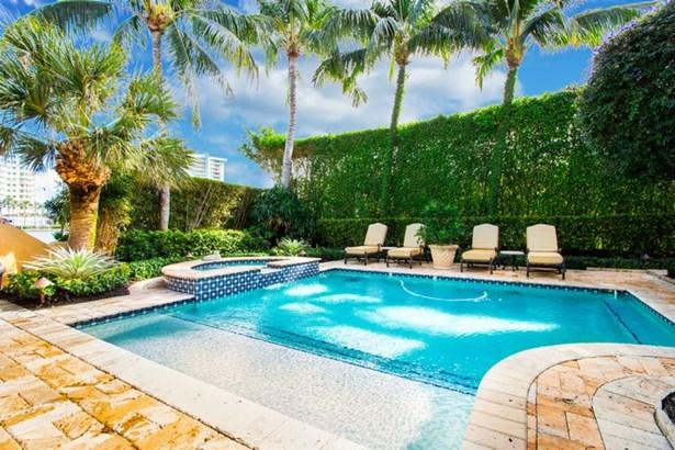 6001  Pine Tree Dr  , Miami Beach, FL - USA (photo 5)