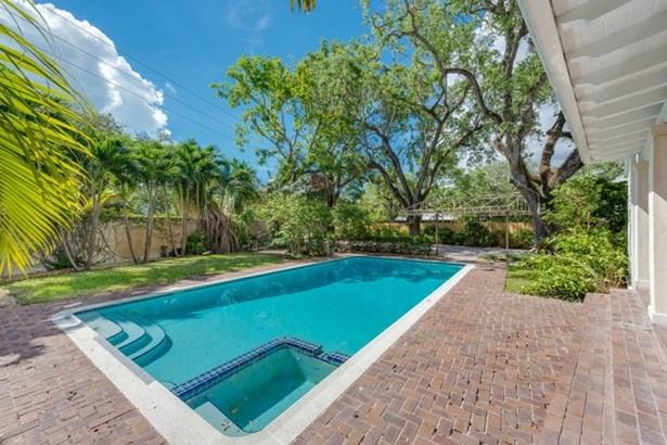 2045  Tigertail Ave  , Miami, FL - USA (photo 4)