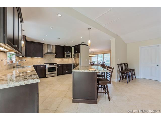 8265 Sw 163 St  , Palmetto Bay, FL - USA (photo 2)