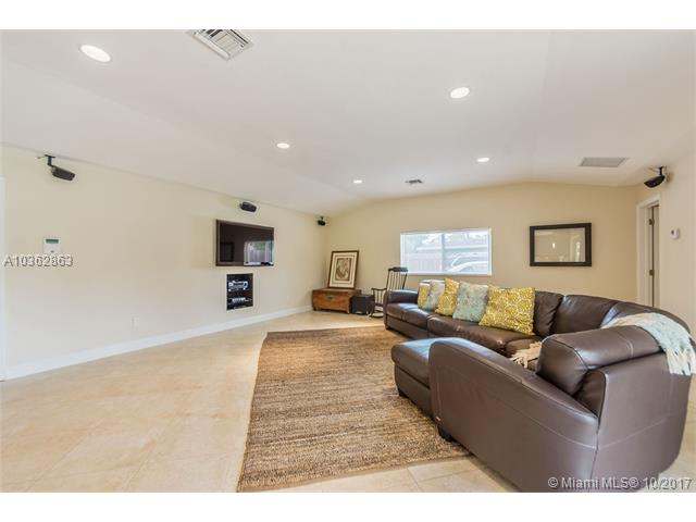 8265 Sw 163 St  , Palmetto Bay, FL - USA (photo 4)