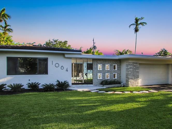 1064 Ne 97th St  , Miami Shores, FL - USA (photo 1)
