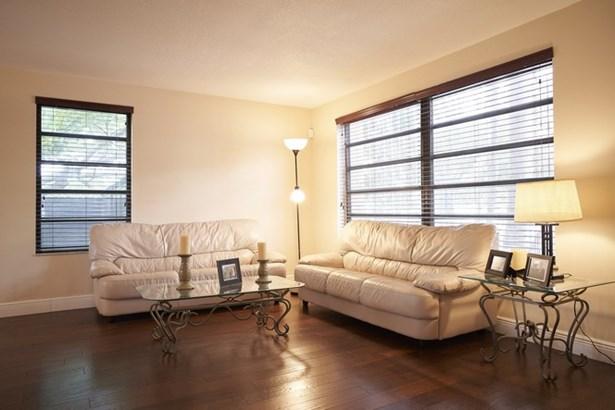 Park Place Estates, 1539 Sw 103 Ave  , Miami, FL - USA (photo 5)