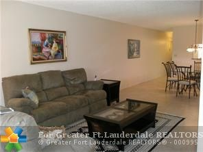 2901  Victoria Cir, Coconut Creek, FL - USA (photo 4)