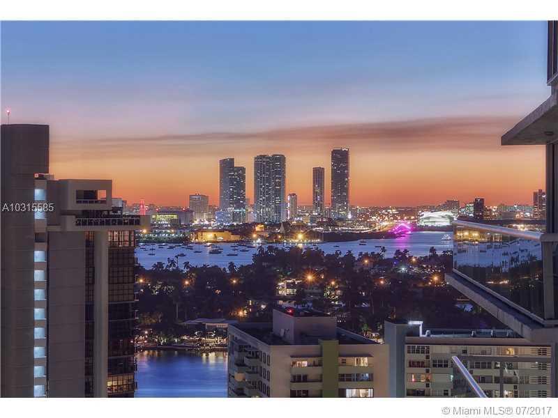 10 Venetian Wy # Ph04, Miami Beach, FL - USA (photo 1)