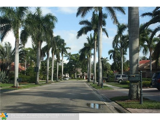 3158  Inverness, Weston, FL - USA (photo 5)