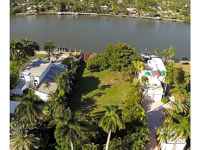 1010 S Northlake Dr  , Hollywood, FL - USA (photo 2)