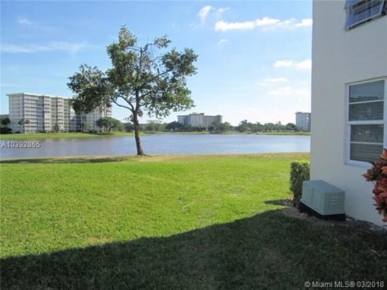 3091 N Course Dr  , Pompano Beach, FL - USA (photo 2)