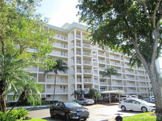 3091 N Course Dr  , Pompano Beach, FL - USA (photo 5)