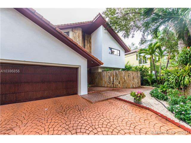 6911  Maynada St  , Coral Gables, FL - USA (photo 2)