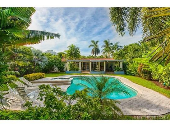 1041 Ne 83rd St  , Miami, FL - USA (photo 1)