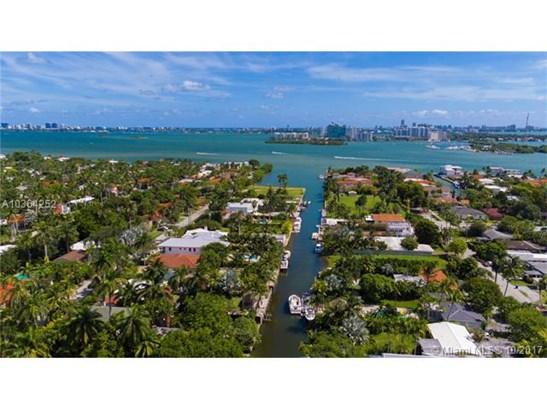 1041 Ne 83rd St  , Miami, FL - USA (photo 4)