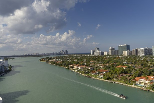 9751 E Bay Harbor Dr  , Bay Harbor Islands, FL - USA (photo 1)