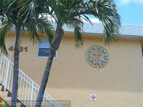 4081 N Dixie Hwy, Oakland Park, FL - USA (photo 2)