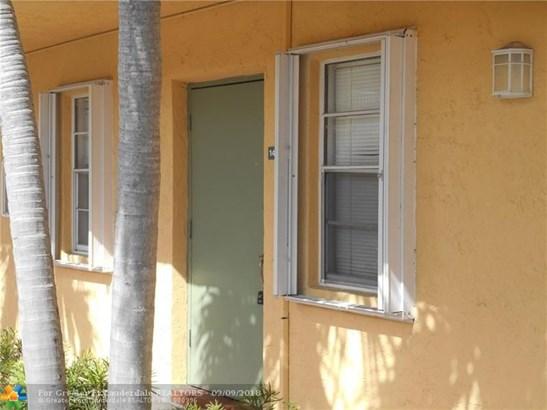 4081 N Dixie Hwy, Oakland Park, FL - USA (photo 4)