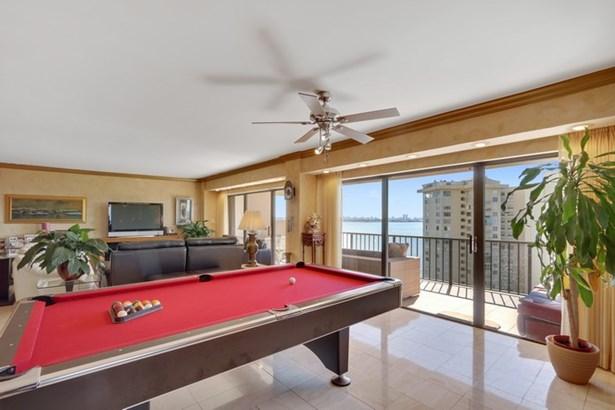 1800 Ne 114th St  , Miami, FL - USA (photo 4)