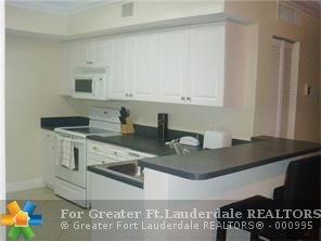 9615 Nw 1st Ct, Pembroke Pines, FL - USA (photo 1)