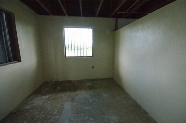 stall (photo 5)