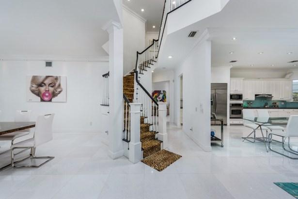 Aventura Estates, 3683 Ne 199th St  , Aventura, FL - USA (photo 3)
