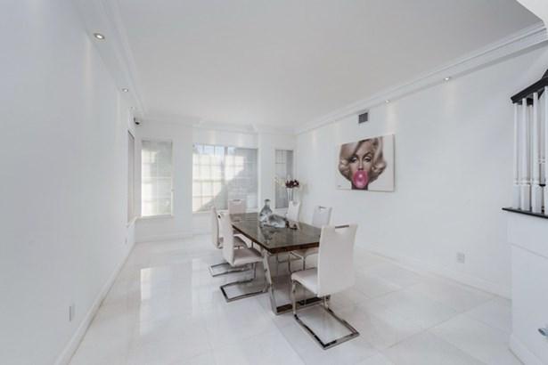 Aventura Estates, 3683 Ne 199th St  , Aventura, FL - USA (photo 4)