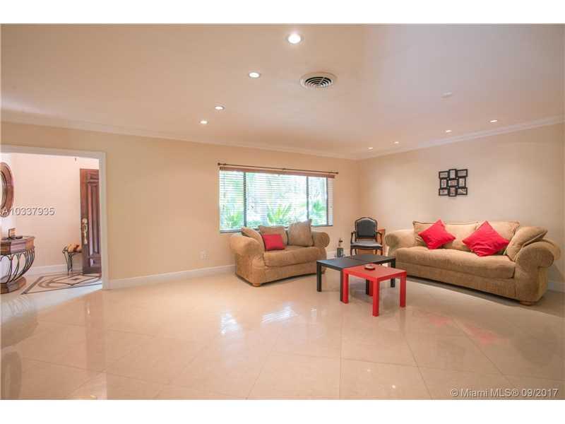 6210 Leonardo St, Coral Gables, FL - USA (photo 3)