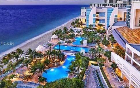 Diplomat Oceanfront Residence (photo 5)