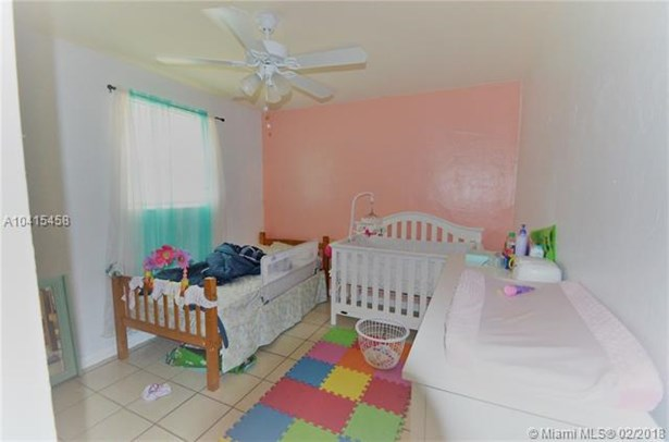 529 Sw 114th Ave  , Sweetwater, FL - USA (photo 3)