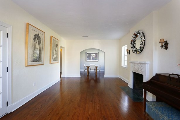 944  Andres Ave  , Coral Gables, FL - USA (photo 5)
