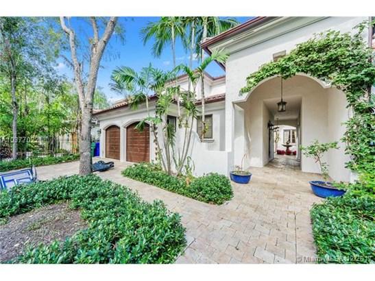 1721  Espanola Dr  , Miami, FL - USA (photo 1)