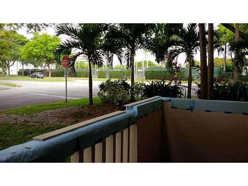 1800 Sans Souci Blvd # 143, North Miami, FL - USA (photo 2)
