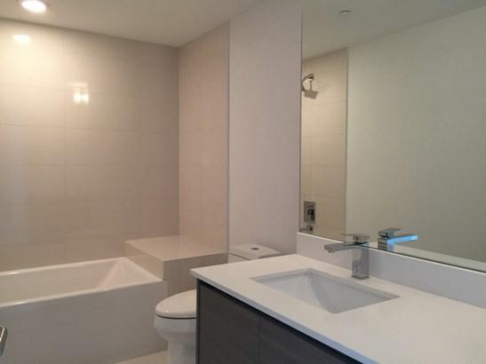Bathroom 2 (photo 1)