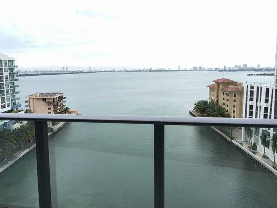 Bay View 2 (photo 3)