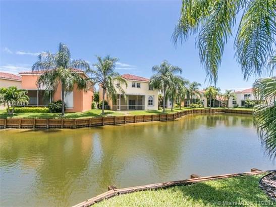 1506 E Lake Ct  , Hollywood, FL - USA (photo 5)