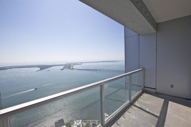 Water views (photo 5)