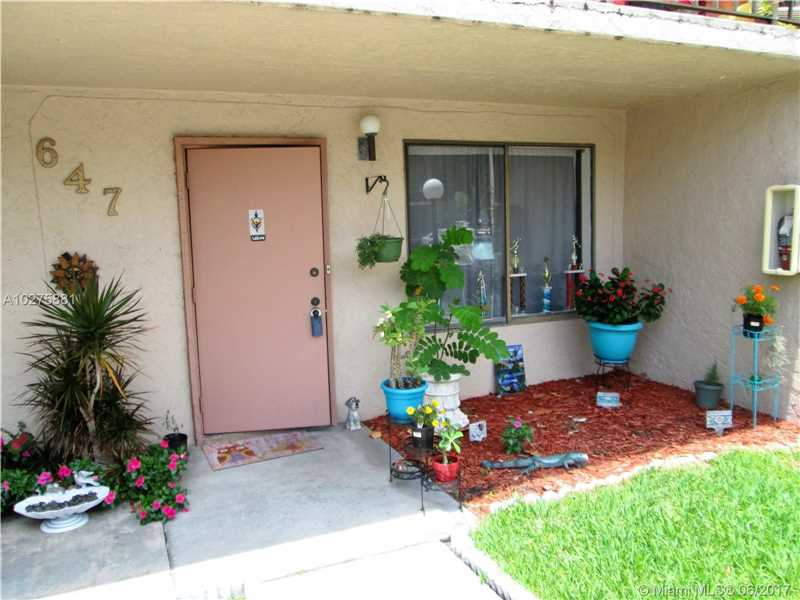 647 N University Dr  , Plantation, FL - USA (photo 1)