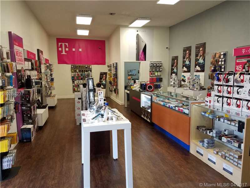 5401 Nw 72nd Ave  , Doral, FL - USA (photo 3)
