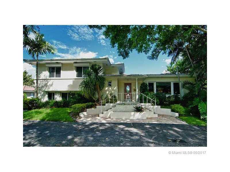 4500  Banyan Ln  , Miami, FL - USA (photo 2)