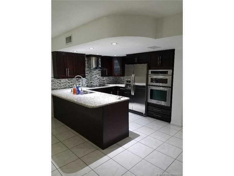 13763 Sw 160 St # 22, Miami, FL - USA (photo 2)