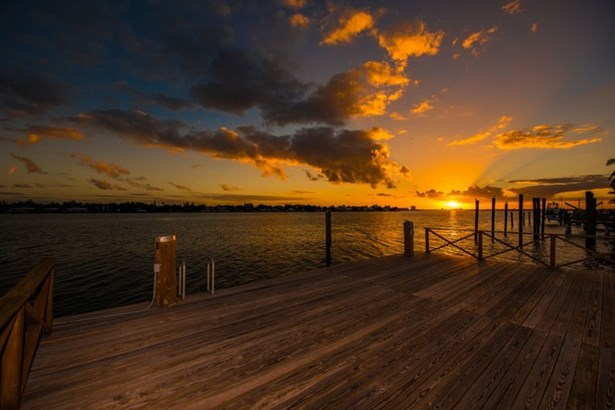 Dock at Sunset (photo 3)