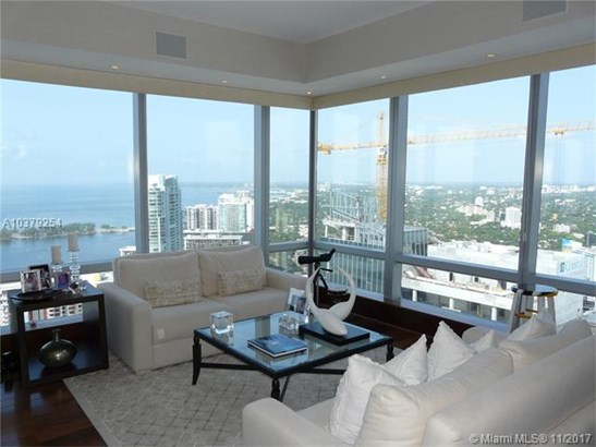 1425  Brickell Ave  , Miami, FL - USA (photo 3)