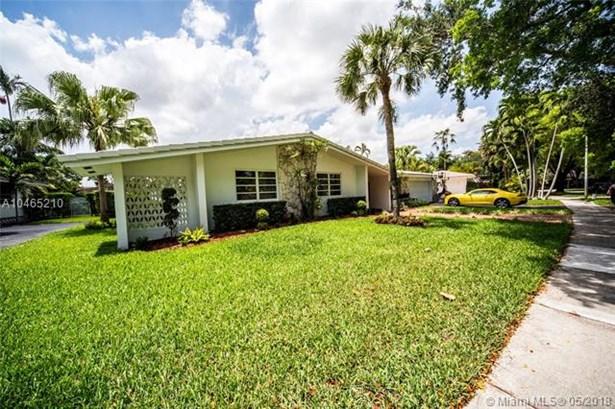 16200  Aberdeen Way  , Miami Lakes, FL - USA (photo 3)
