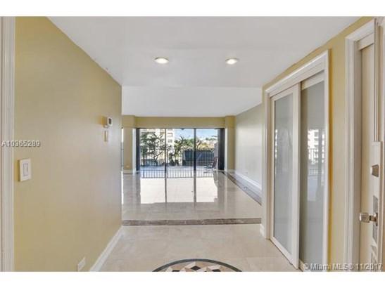 1800 Ne 114th St  , Miami, FL - USA (photo 3)