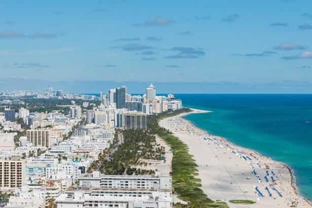 100 S Pointe Dr  , Miami Beach, FL - USA (photo 3)