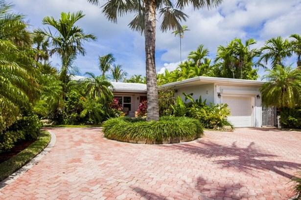 8818  Hawthorne Ave  , Surfside, FL - USA (photo 4)