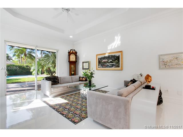 833  Spinnaker Dr E  , Hollywood, FL - USA (photo 4)