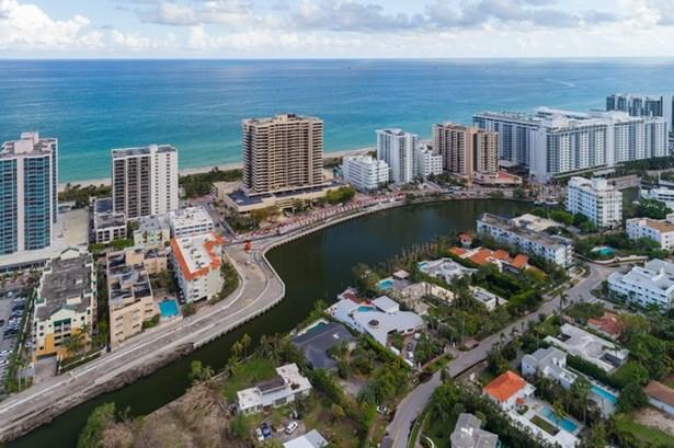 2575  Flamingo Dr  , Miami Beach, FL - USA (photo 1)