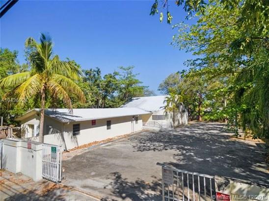 3291  Franklin Ave  , Miami, FL - USA (photo 2)