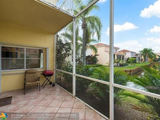 1714  Royal Palm Way, Hollywood, FL - USA (photo 4)