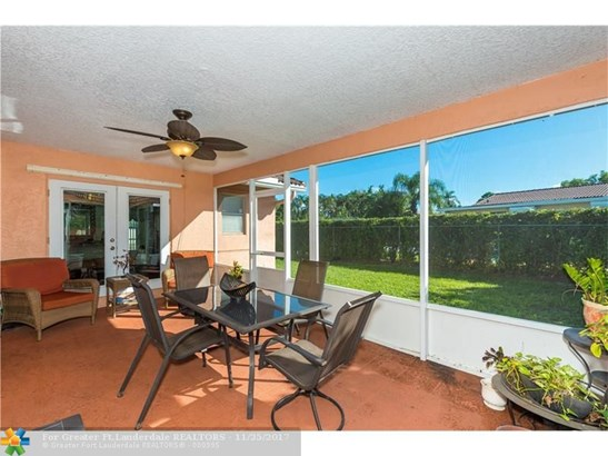 1071 Nw 87th Ave, Coral Springs, FL - USA (photo 2)