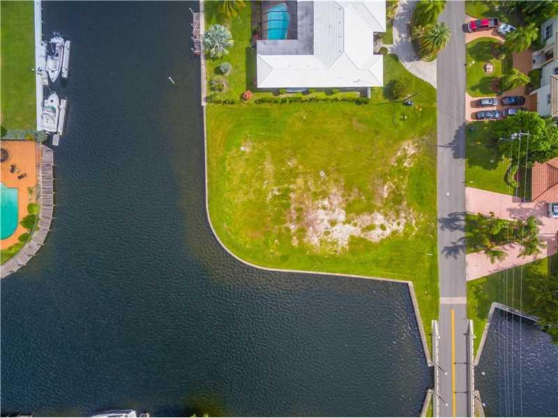 466  Poinciana Dr  , Hallandale, FL - USA (photo 3)