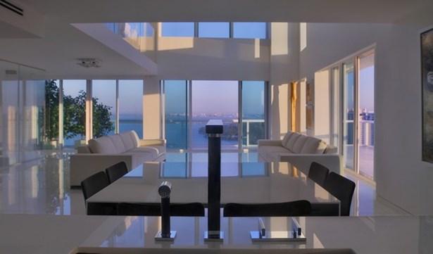 10  Venetian Wy  , Miami Beach, FL - USA (photo 3)